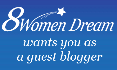 8 Women Dream Looking for a Female Travel Blogger