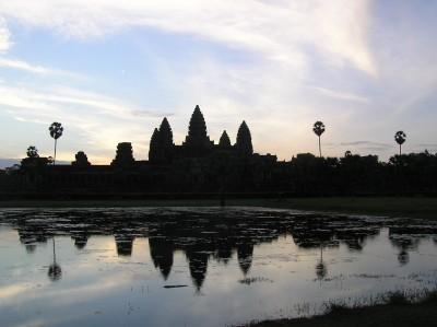 Angkor-Wat-sunrise (pic: Natasha von Geldern)