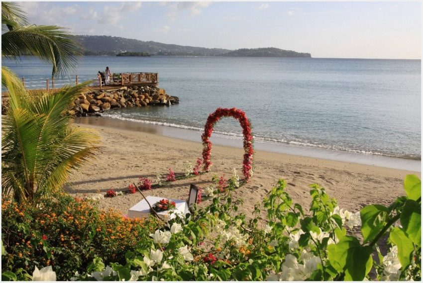 Calabash Cove custom-tailored weddings