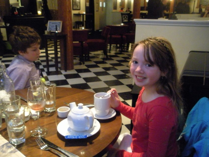 A Life Full of Joy: French dining with my babies