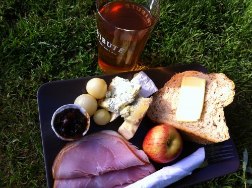 English pubs - Ploughman's Lunch