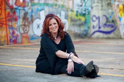 Funny Motivational Speaker Kelly Swanson