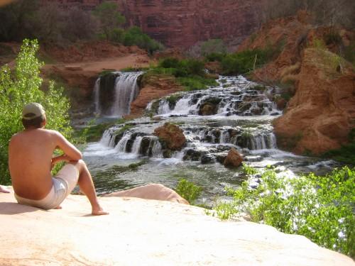 Havasupai Falls: A Grand Canyon Travel Dream: Navajo-Falls