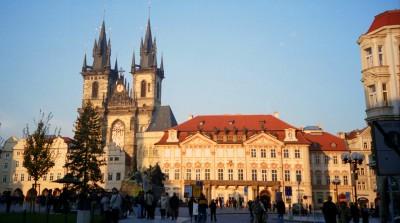 Praha main square (pic: Natasha von Geldern)