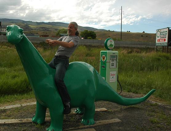 Tom the taming Dino on our Dream Trip