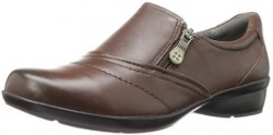 8 Must-haves to Pack for a Round the World Trip: World travel shoe Naturalizer Womens Clarissa