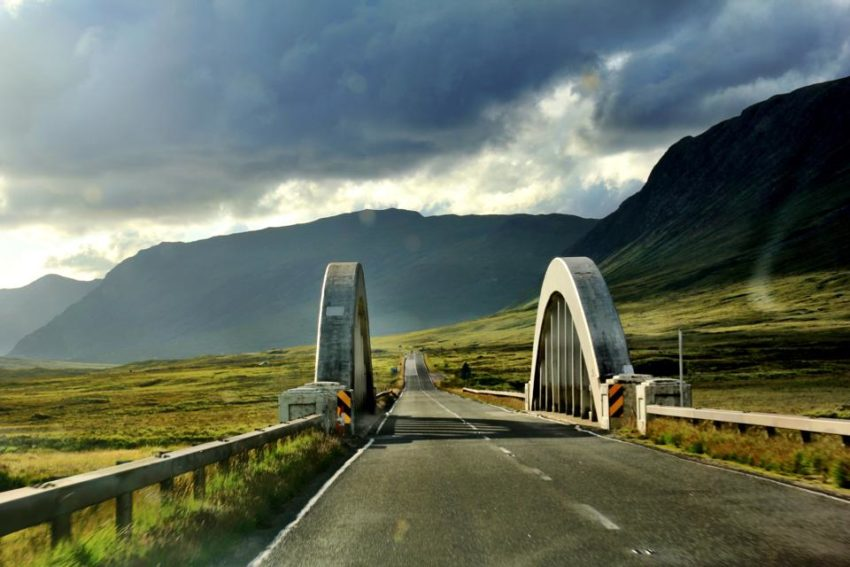 Best Travel Photos from the World Wandering Kiwi: The beauty of the Scottish Highlands by car