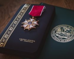 1 Man's Quiet Dream to Heal Gold Star Families