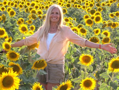 Finding Happiness In Creating Ourselves Anew: Mimi Kirk in Sunflowers