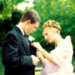 Spending Money: The 2000 Dollar Prom Date