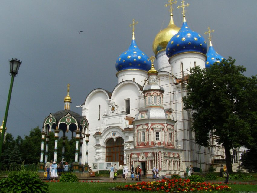 Top 8 Spiritual Travel Destinations for Christmas: Sergiev Posad
